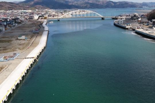 渡波漁港幸町桟橋外災害復旧工事