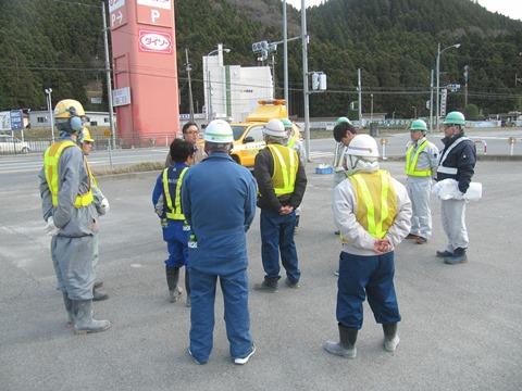「45号砕石事業者ロードクリーン隊」による清掃活動を行いました